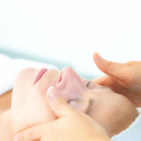 Hoeveel huidverzorgingscrème – Dagelijkse routine